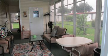 A gorgeous turn key manufactured home in Zephyrhills Florida