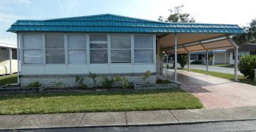 Mobile home in Largo Florida for sale