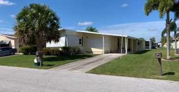 Spanish Lakes mobile home for sale in Fort Pierce FL
