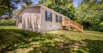 Mobile home in Greeneville Tennessee for sale