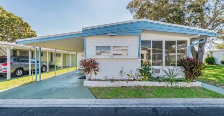 Doublewide mobile home in Clearwater FL for sale
