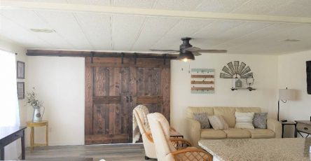 Beautiful mobile home for rent in Colony Cove FL
