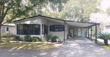Furnished 2/2 mobile home in Lakeland FL for sale