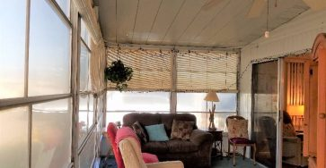 Turnkey Colony Cove Florida mobile home for sale