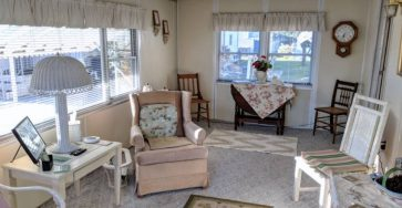 Beautiful Lakeland manufactured home for sale