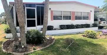 Mobile home in Bay Indies Venice Florida 2 bed, 2 bath