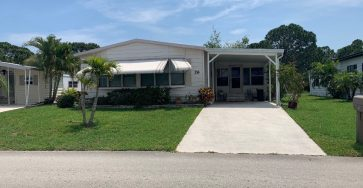 Fort Pierce FL mobile home for sale with lot rent of $700