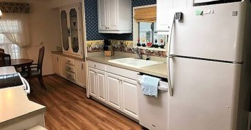 Bay Indies mobile home with 1 bedroom and 2 baths