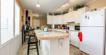2013 Jacobsen Manufactured Home in Davie FL for sale