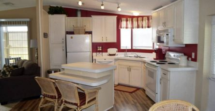 Four Lakes Golf Club mobile home for sale