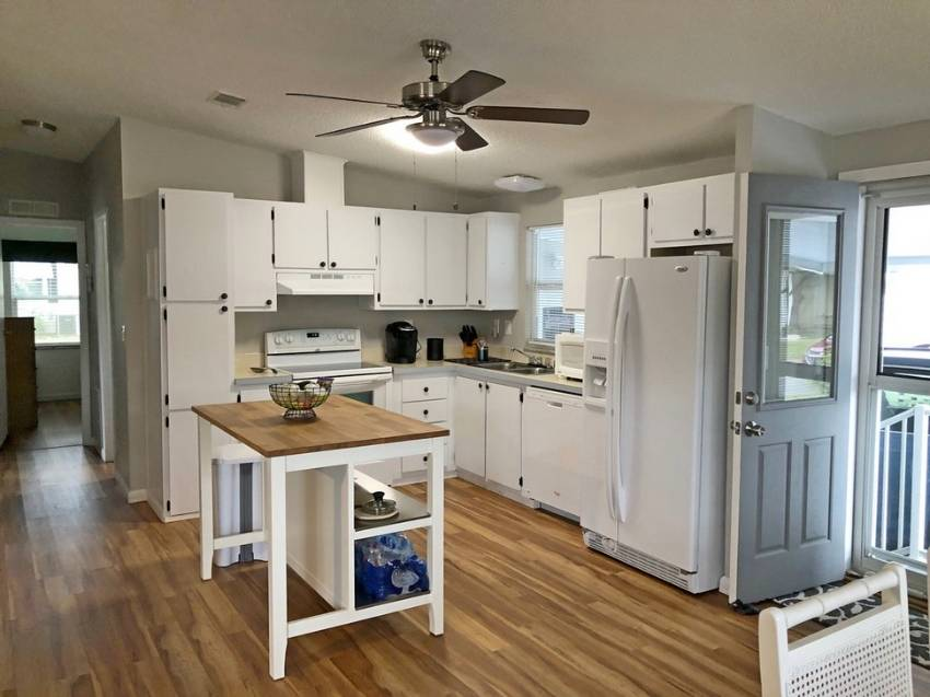Mobile home in Lake Alfred, Cypress Greens